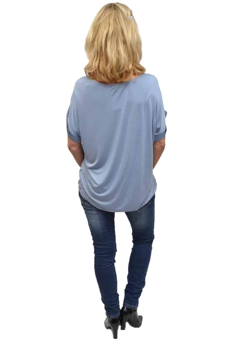 Gemma Ricceri Shirt Jeansblauw Achterkant