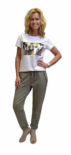 Gemma Ricceri Shirt Let It Be Legerprint Wit Groen Voorkant
