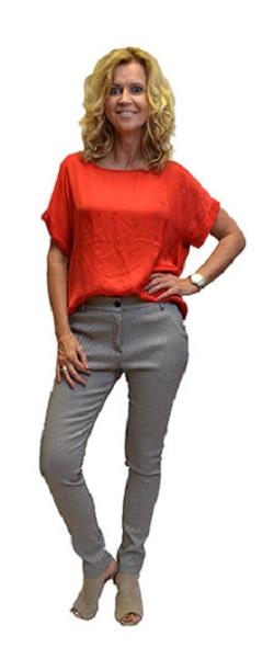 Gemma Ricceri Shirt Rood Basic Voorkant
