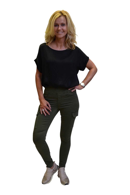Toxik Jeans Catherina Voorkant Legergroen