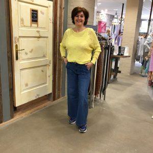 Gele Trui Trendy Dameskleding Store3