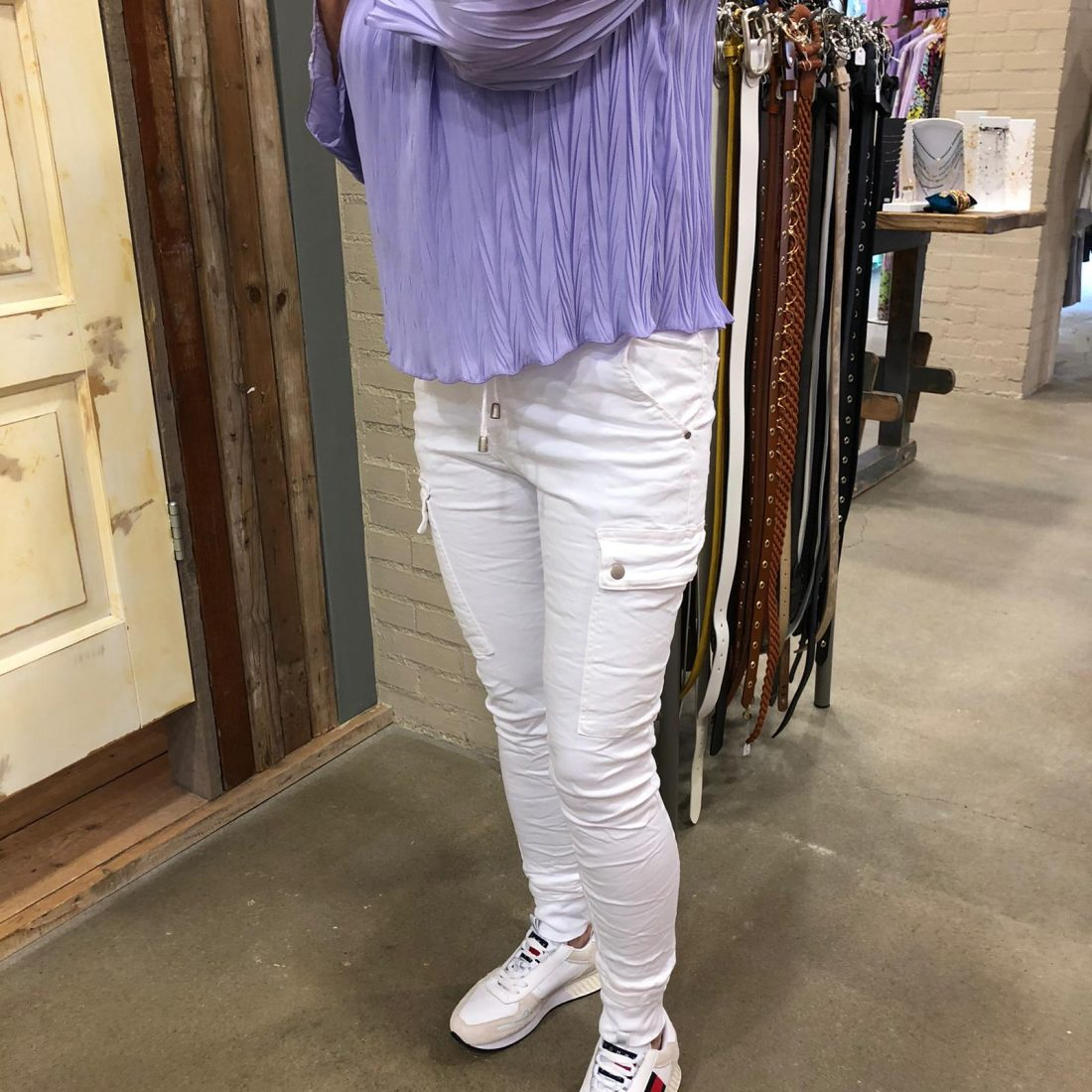 Ambika Blouse Florianne Paars & Melly & Co Broek Wit Store3 Mode & Accessoires
